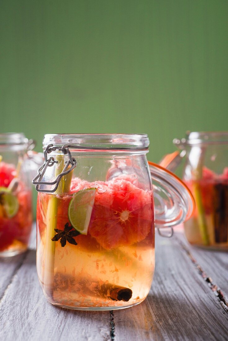 Grapefruit and lemon syrup