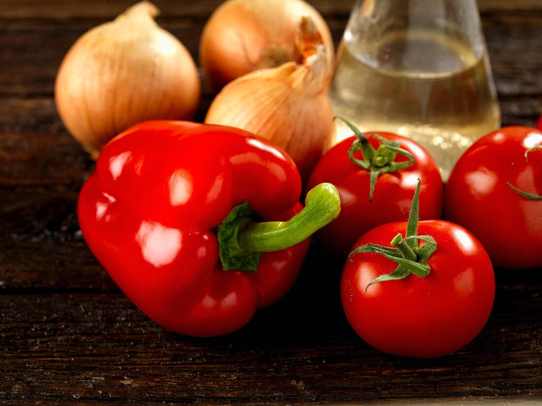 Peppers, tomatoes, onions and white wine vinegar