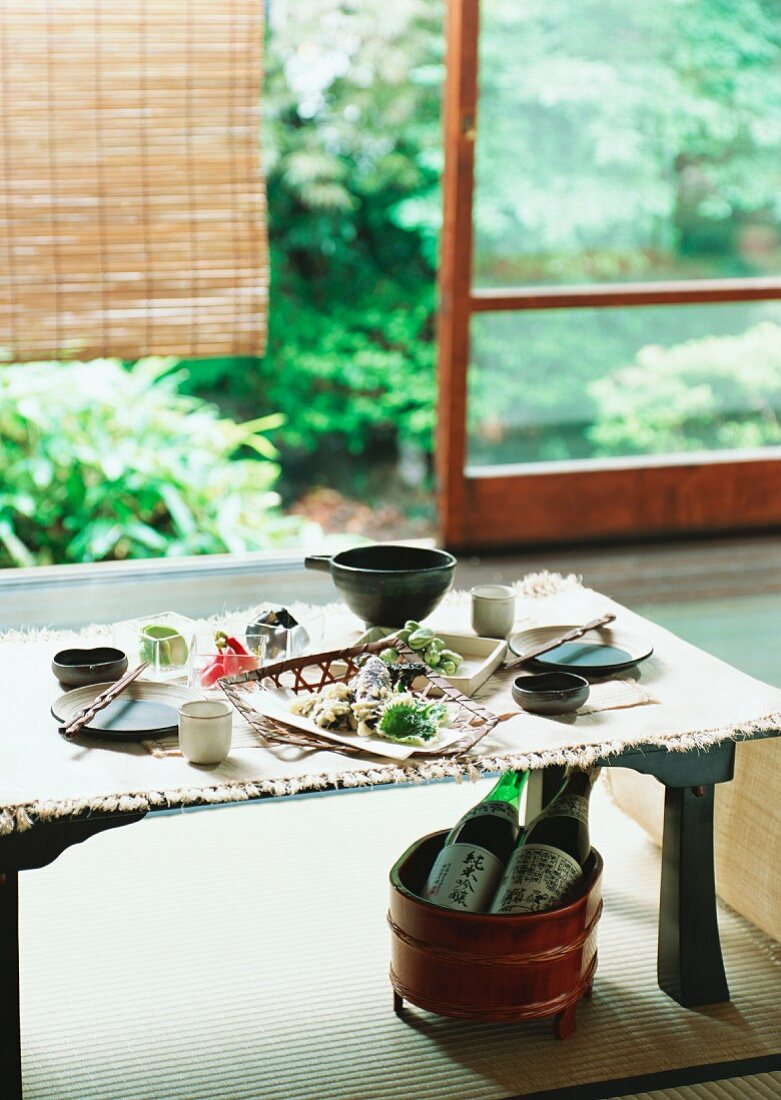 A laid dining table (Japan)