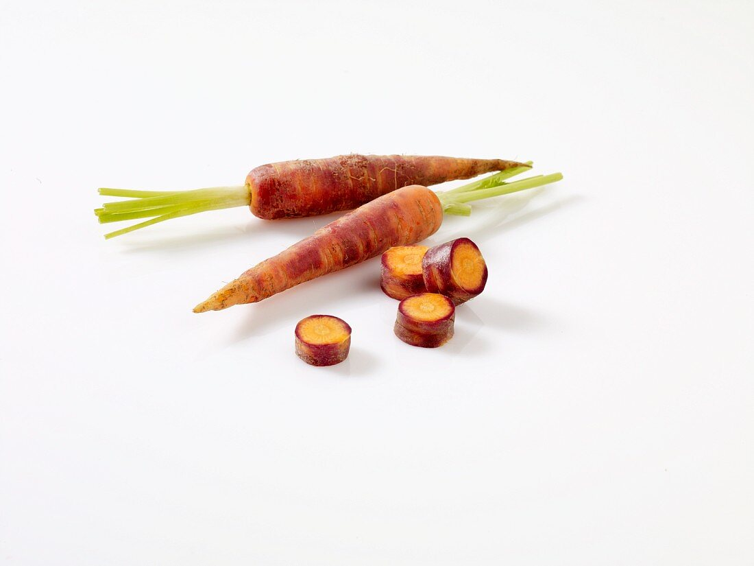Beta Sweet carrots, partially sliced