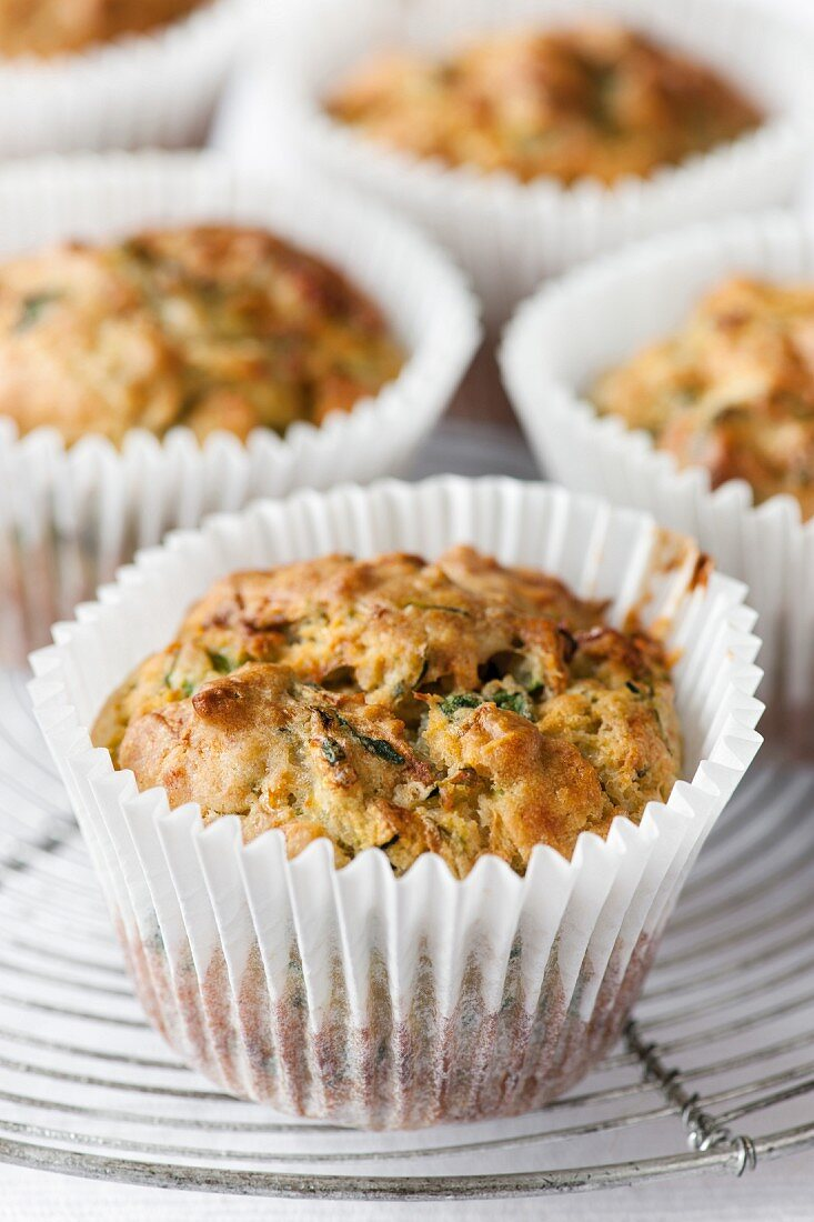 Spinach and parmesan muffins