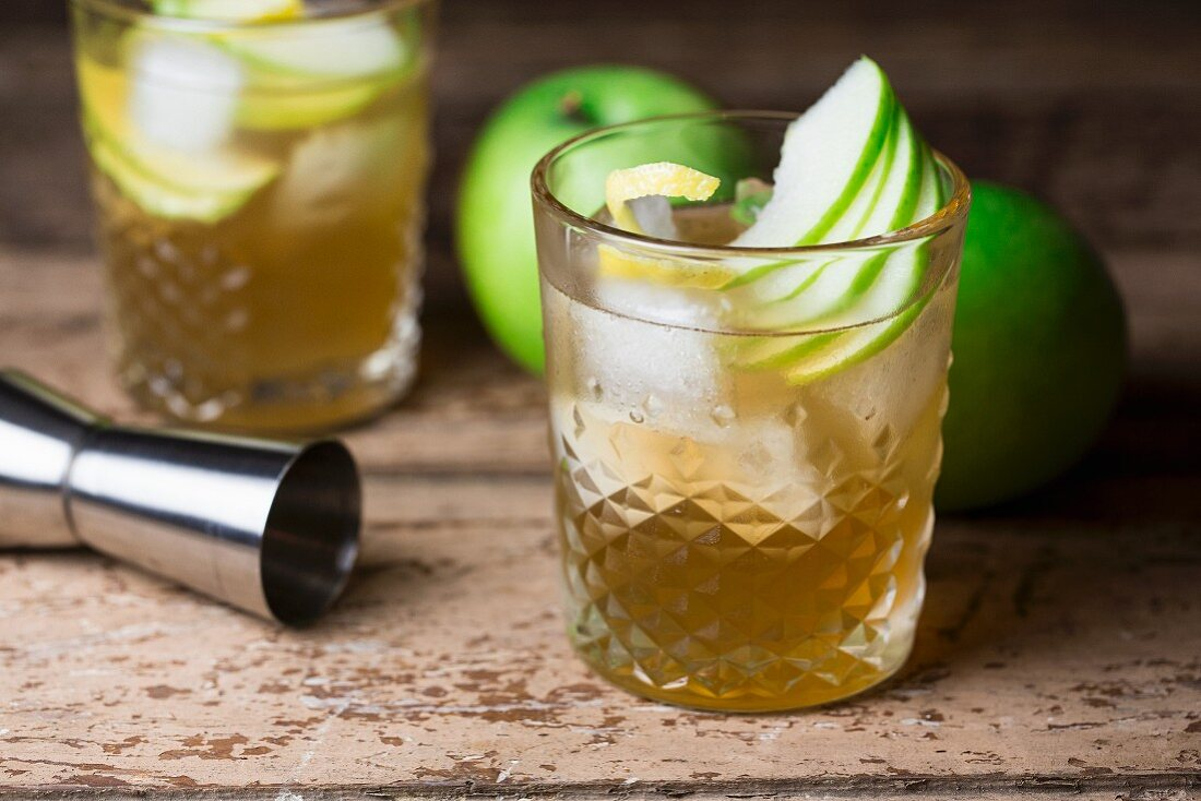 A cocktail made from rum, maple syrup, Angostura and freshly pressed Granny Smith juice