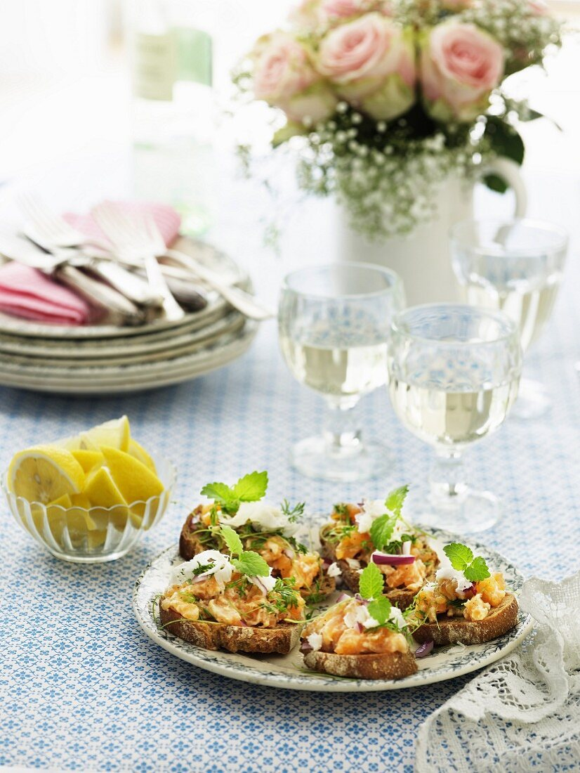 Grilled bread topped with salmon tatar