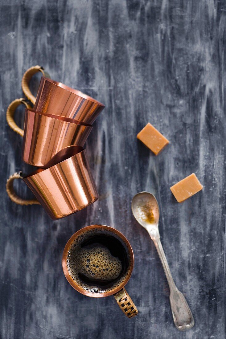 Turkish mocha, copper cups and caramels