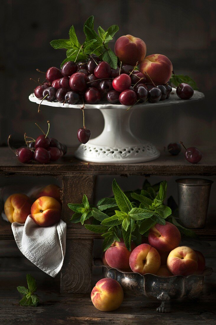 An arrangement of cherries and apricots