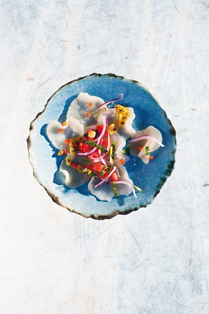 Scallop ceviche with tomato and passion fruit