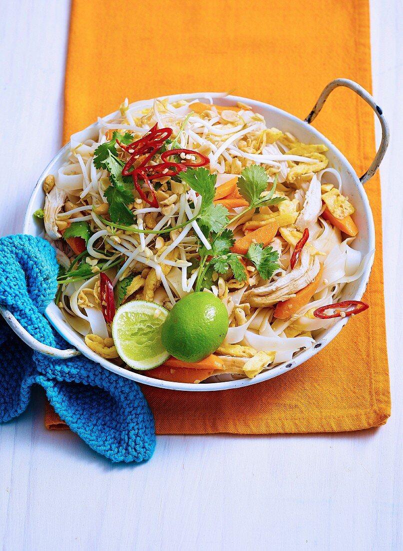 Fast Chicken Pad Thai