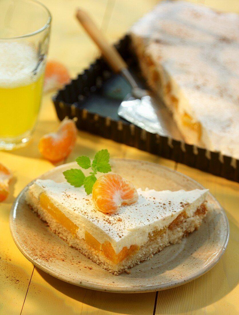 Sour cream cake with mandarins and Fanta