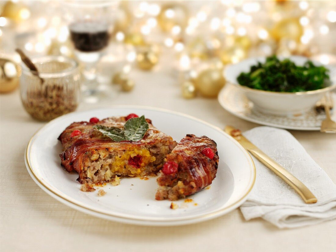 Cranberry stuffing with bacon for Christmas