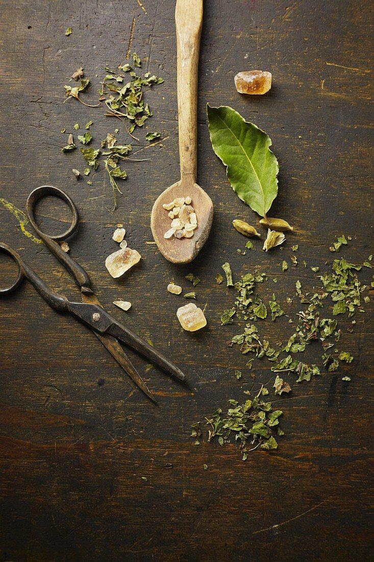 Ingredients the herbal tea with rock sugar