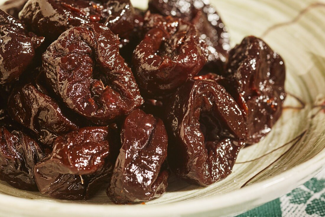 Whole dried plums, pitted