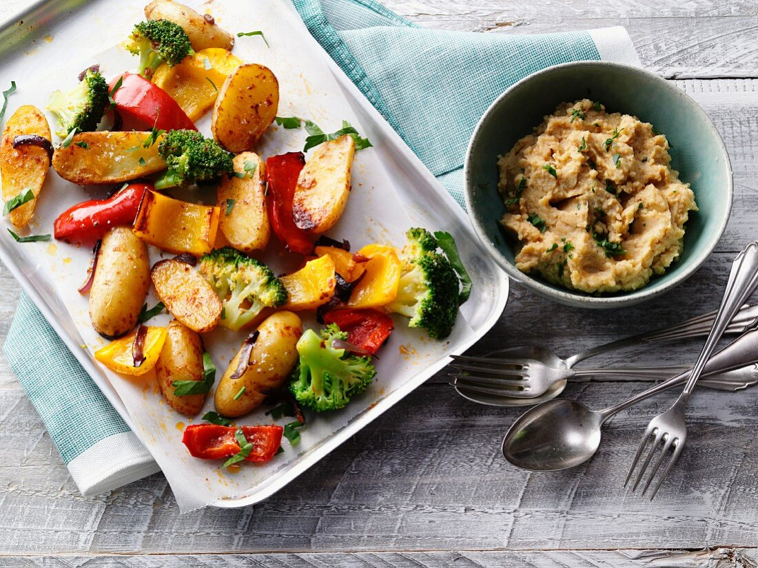 Oven-roasted vegetables with chickpea purée and moringa