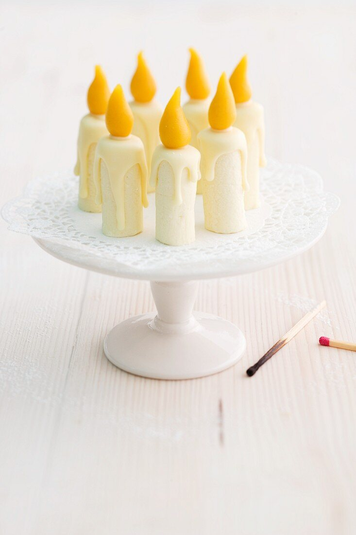 Edible birthday candles