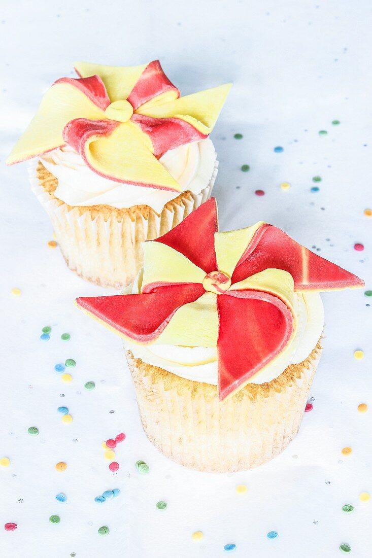 Orange and lemon pinwheel cupcakes
