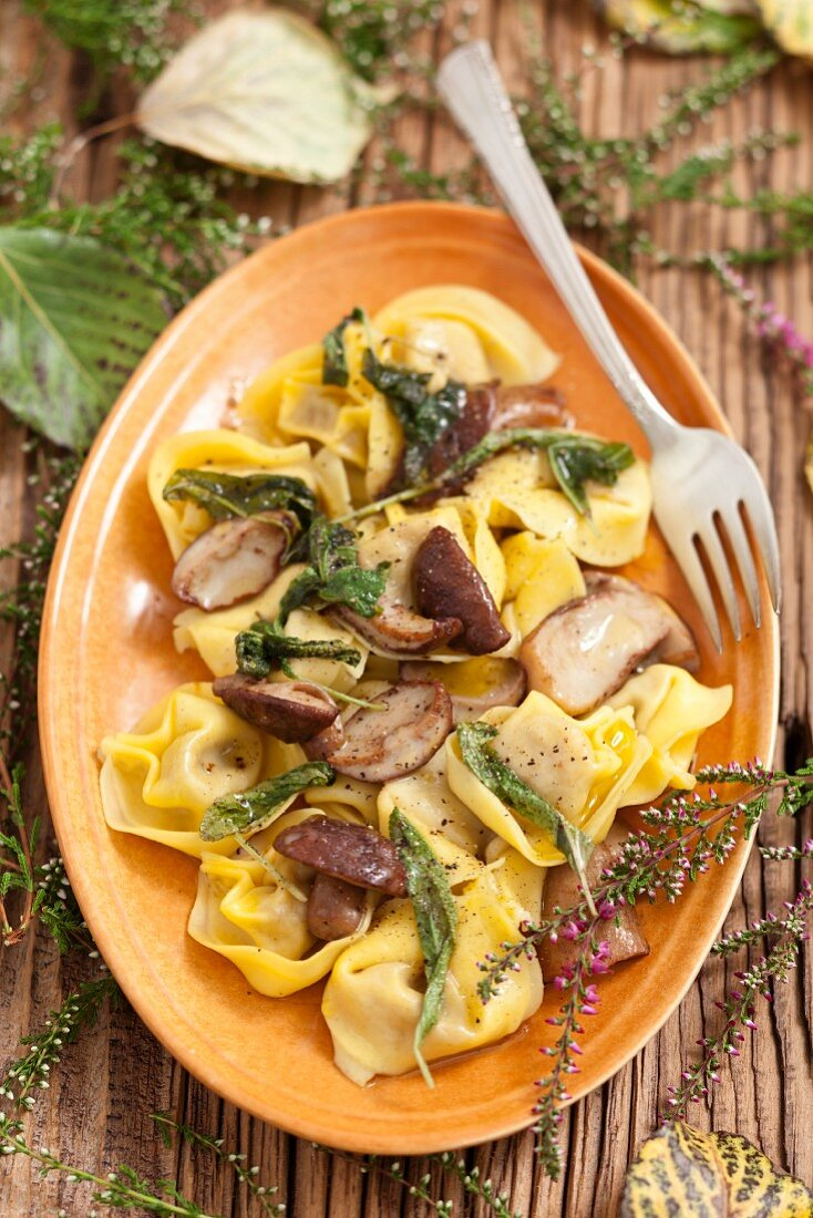 Tortellini with porcini mushrooms and sage