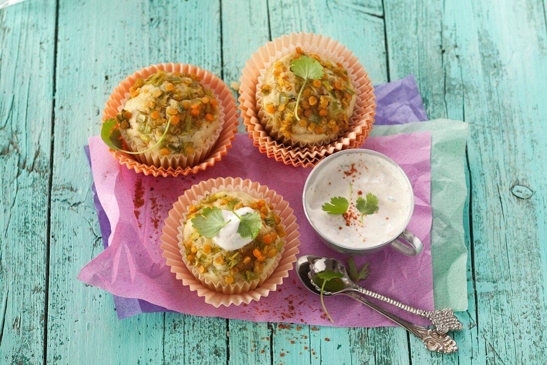 Pikante Muffins mit Linsen & Curry