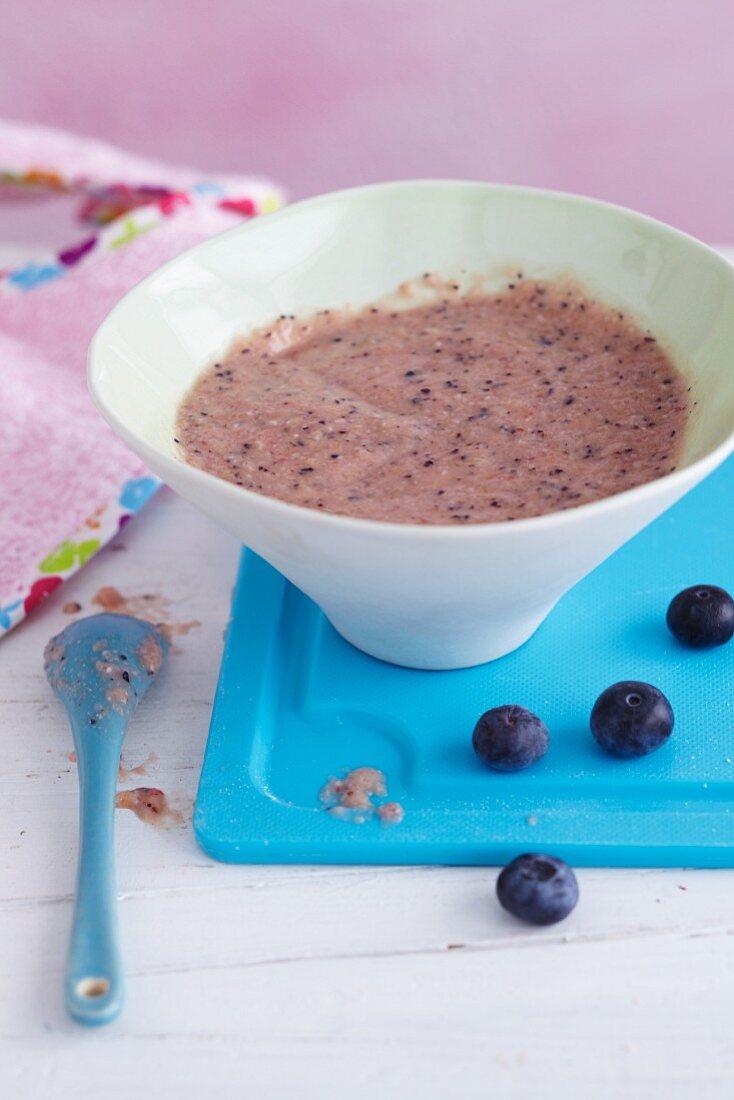 Fruit and cereal porridge