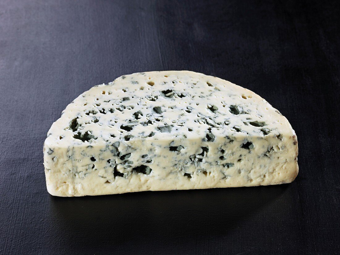 Bleu des causses (French cow's milk cheese)