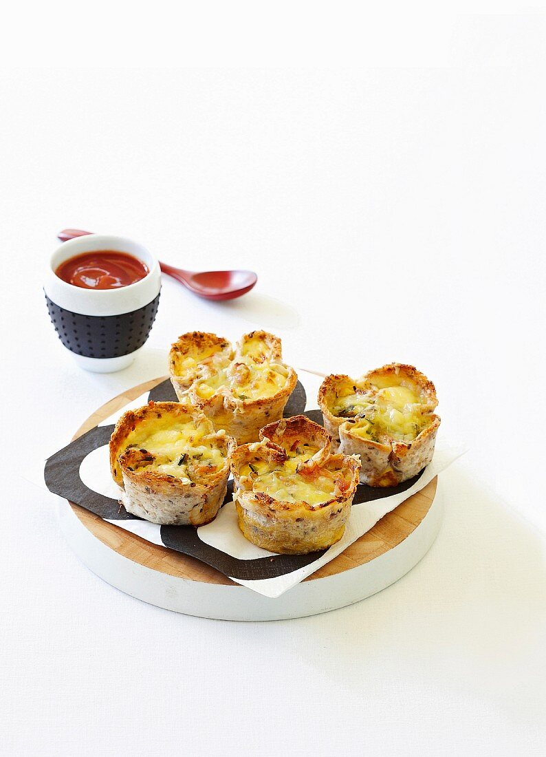 Bacon and zucchini mini quiches