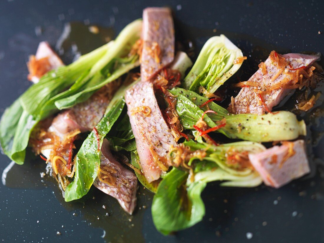 Fish with bok choy and chilis (Asia)