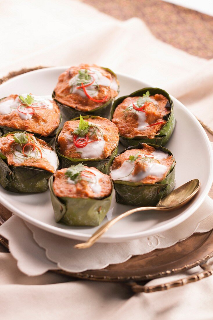 Steamed fish cakes in banana leaves (Thailand)