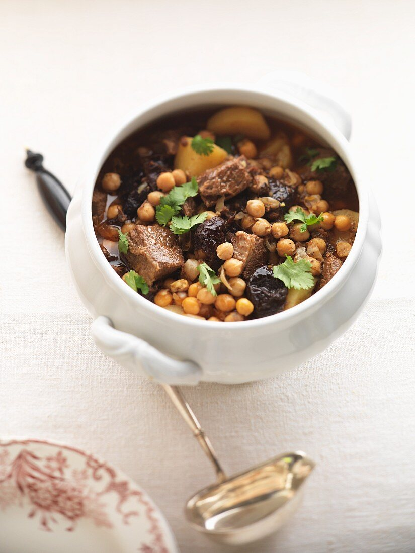 Cholent (Jewish stew with meat and chickpeas) from Morocco