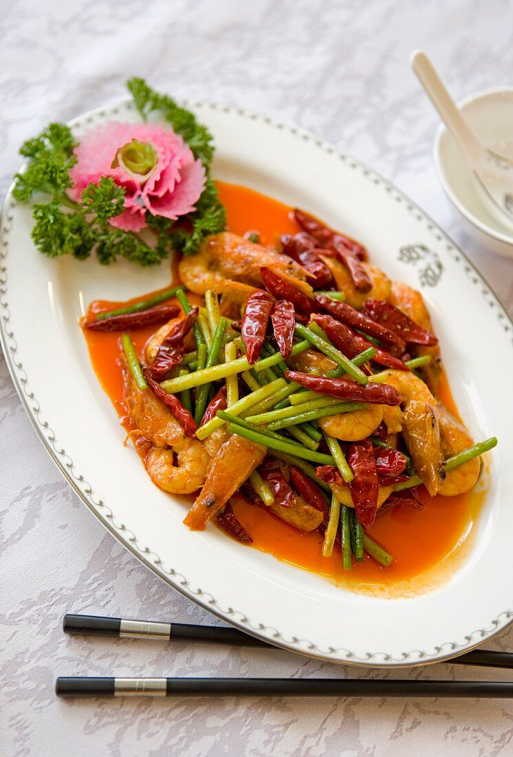Prawns with vegetables and chilli peppers (Chengdu, Sichuan, China)