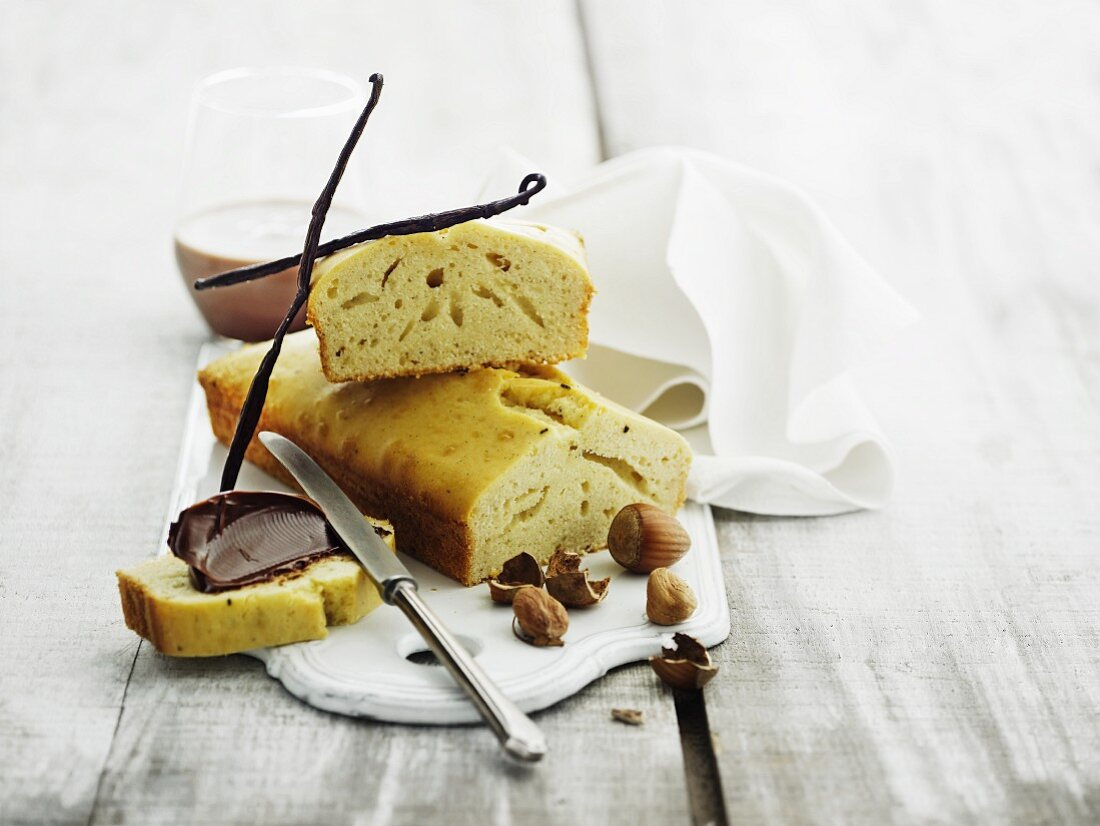 Vanilla bread with nut and nougat cream