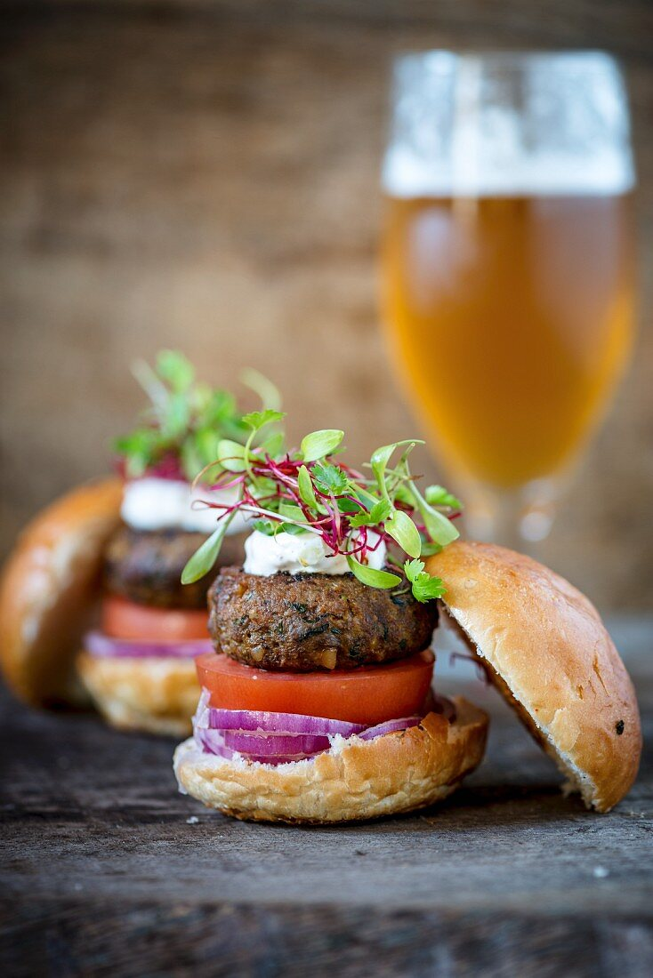 Venison burgers with beer
