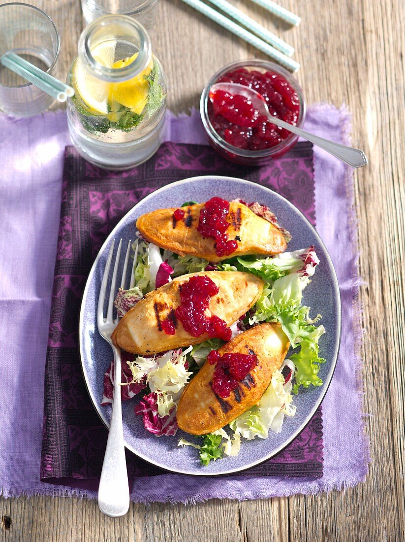 Grilled oscypek (smoked sheep's cheese) with lingonberry jam