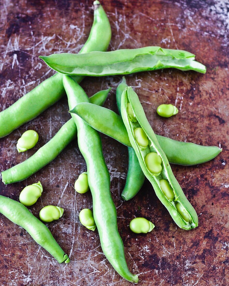 Green beans, partially opened