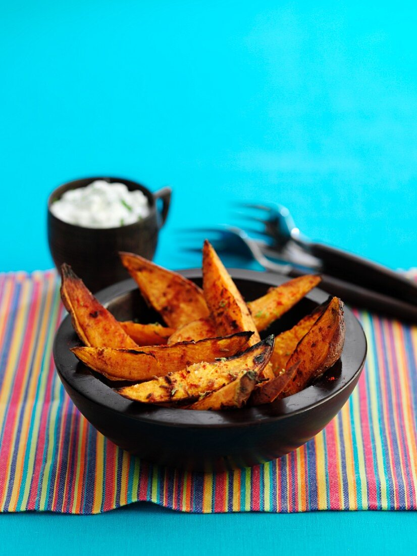 Fried sweet potato wedges with a dip