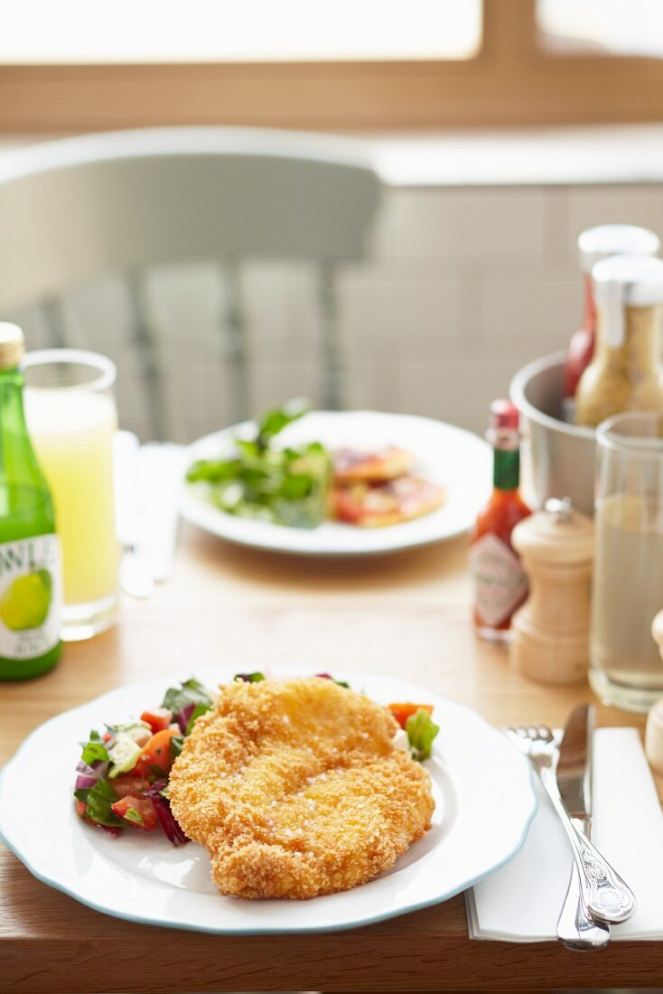Breaded escalope with a vegetable salsa