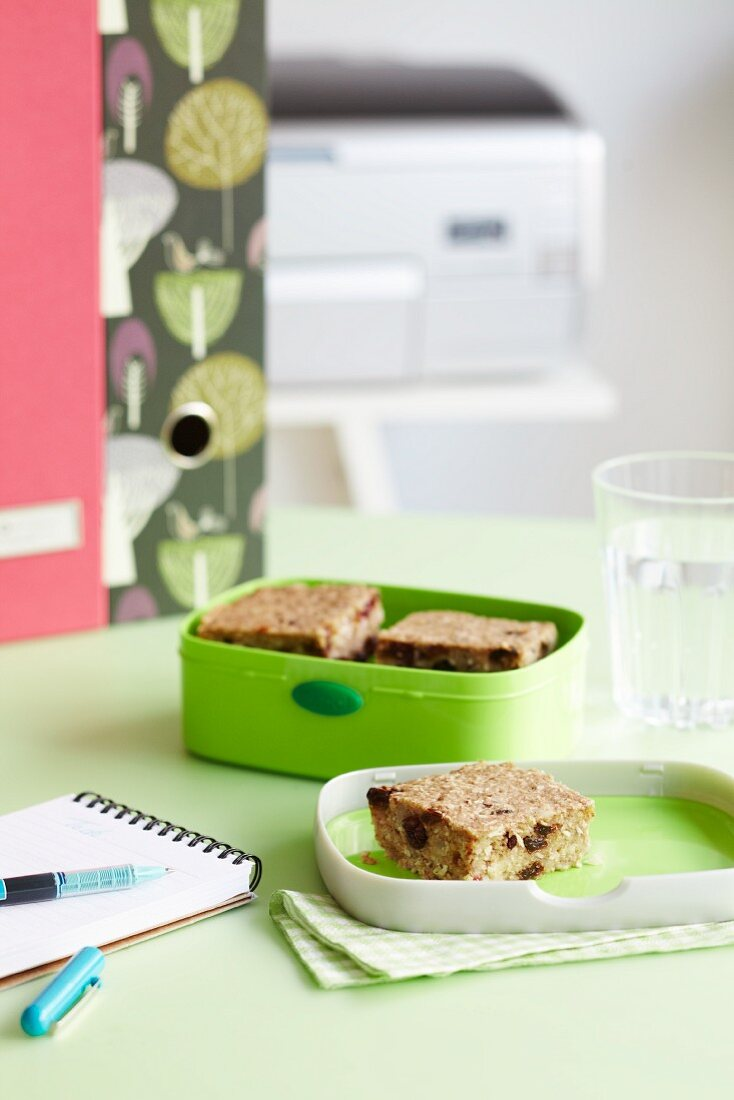 Oat and raisin flapjacks in a lunchbox