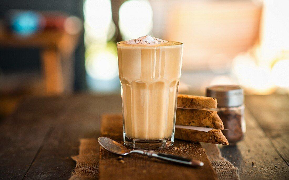 Latte macchiato and cantucci