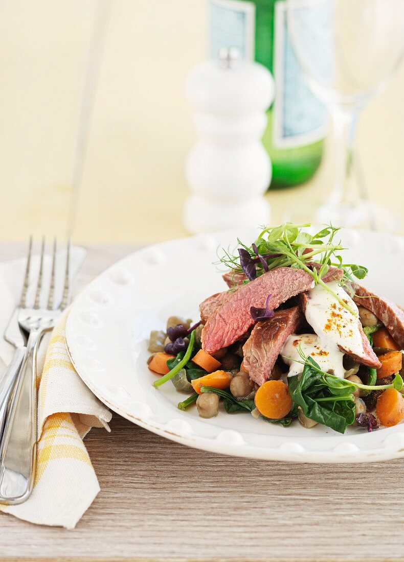 Lamb fillet with carrots and spinach