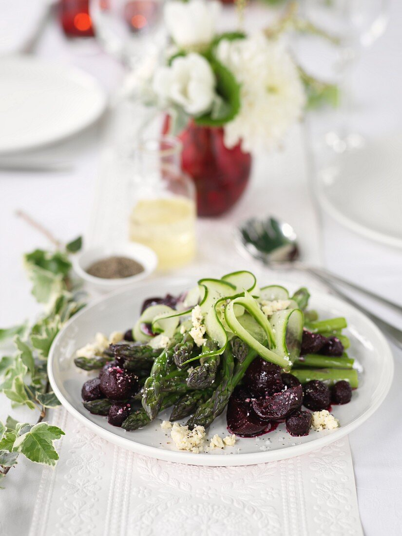 Vegetable salad with cooked and raw vegetables
