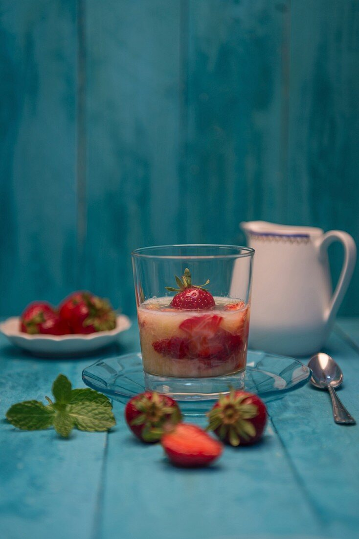 Strawberry and rhubarb compote and fresh strawberries