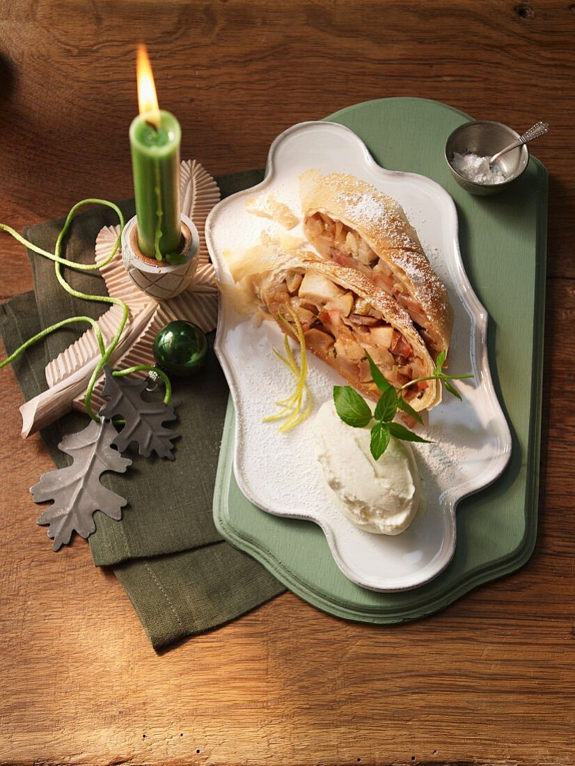 Baked apple and chestnut strudel with mascarpone (South Tyrol)