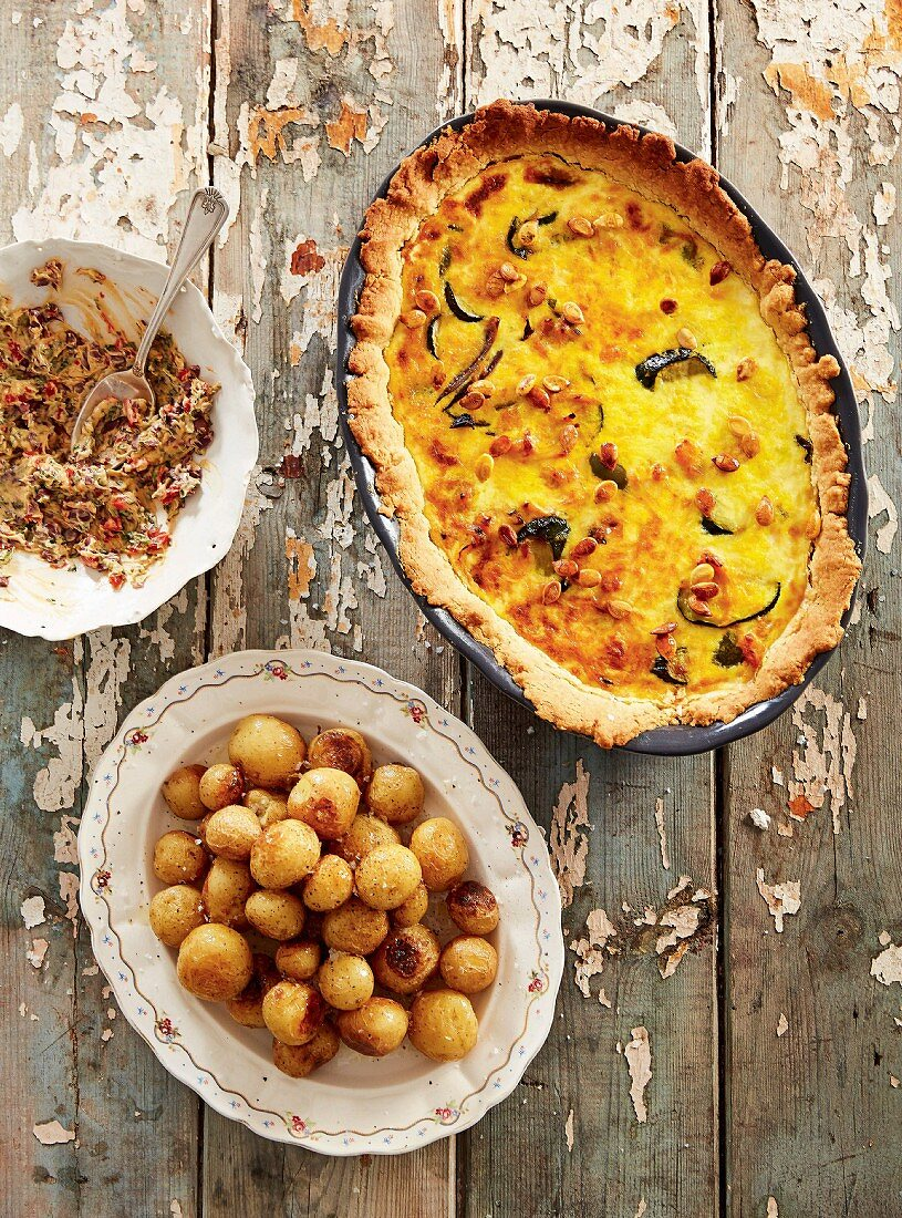 Vegetable tart and crispy potato balls