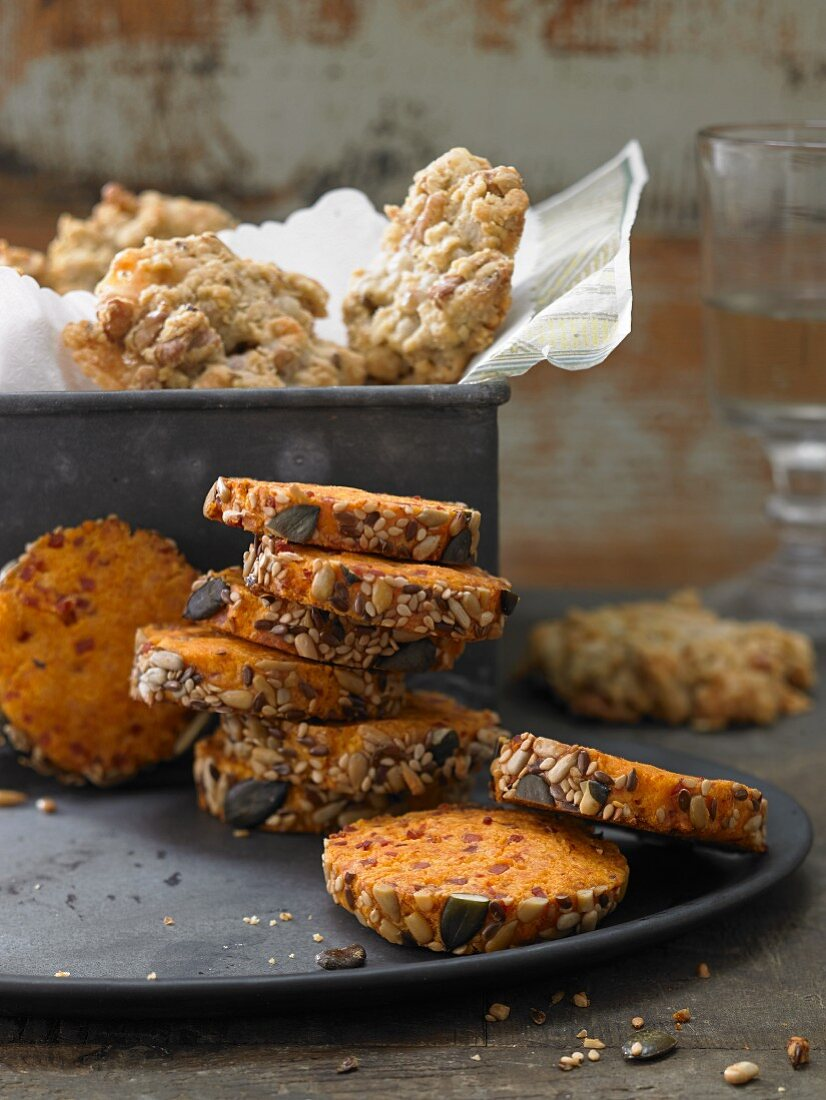 Spicy oat and cheese cookies and cheese shortbreads