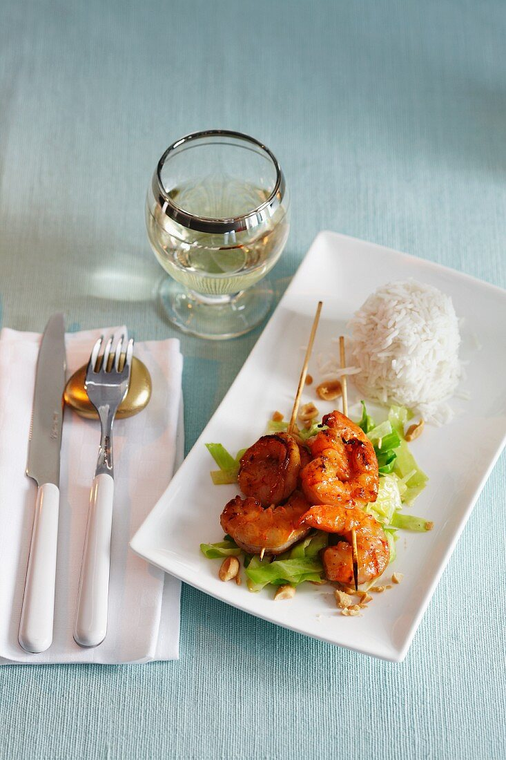 Teriyaki prawn skewers with rice