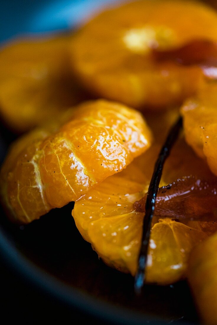 Clementines in caramel syrup with brandy and vanilla