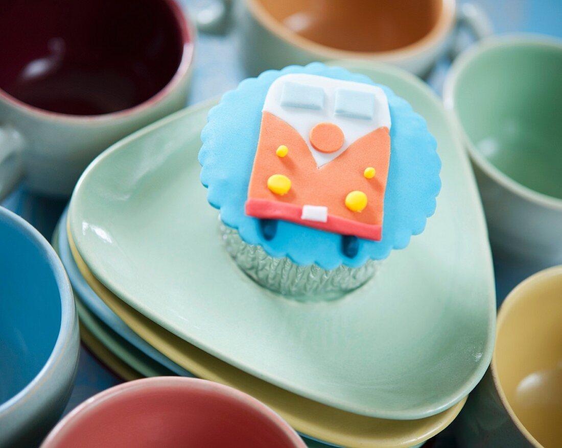 A camper van cupcake