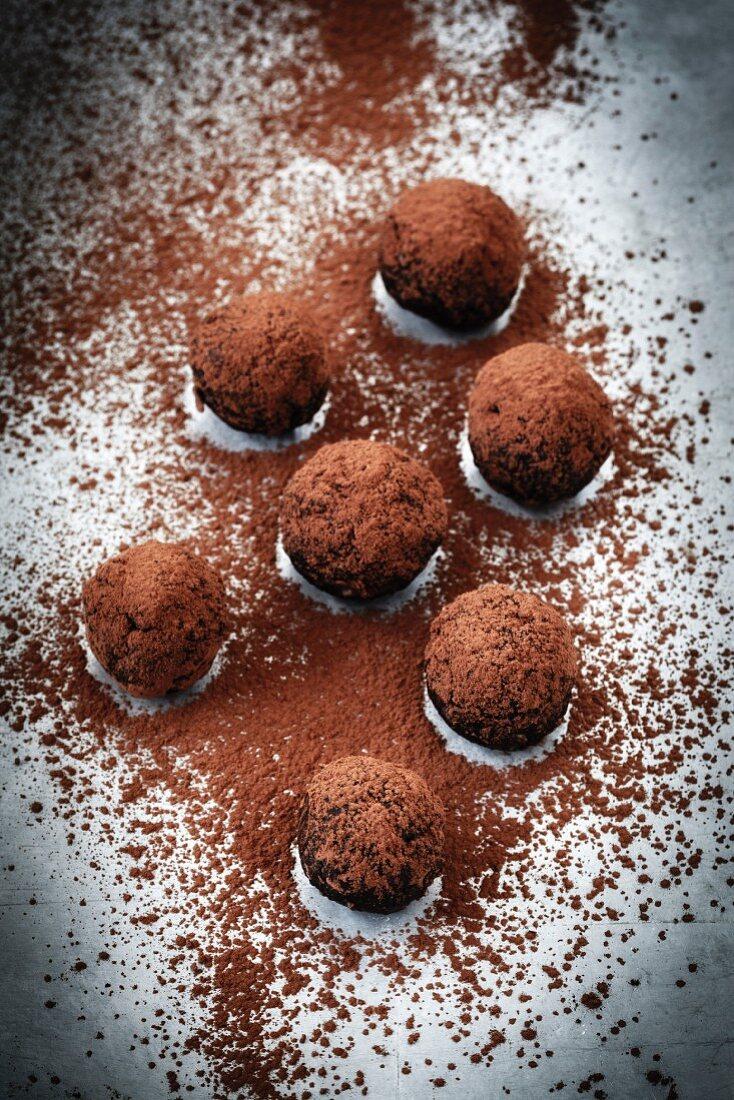 Sugar-free almond truffles with cocoa powder