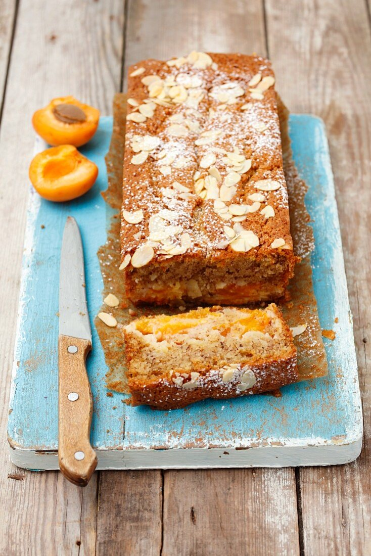 Almond cake with apricots, sliced