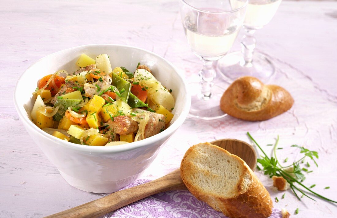 Turnip stew with pork