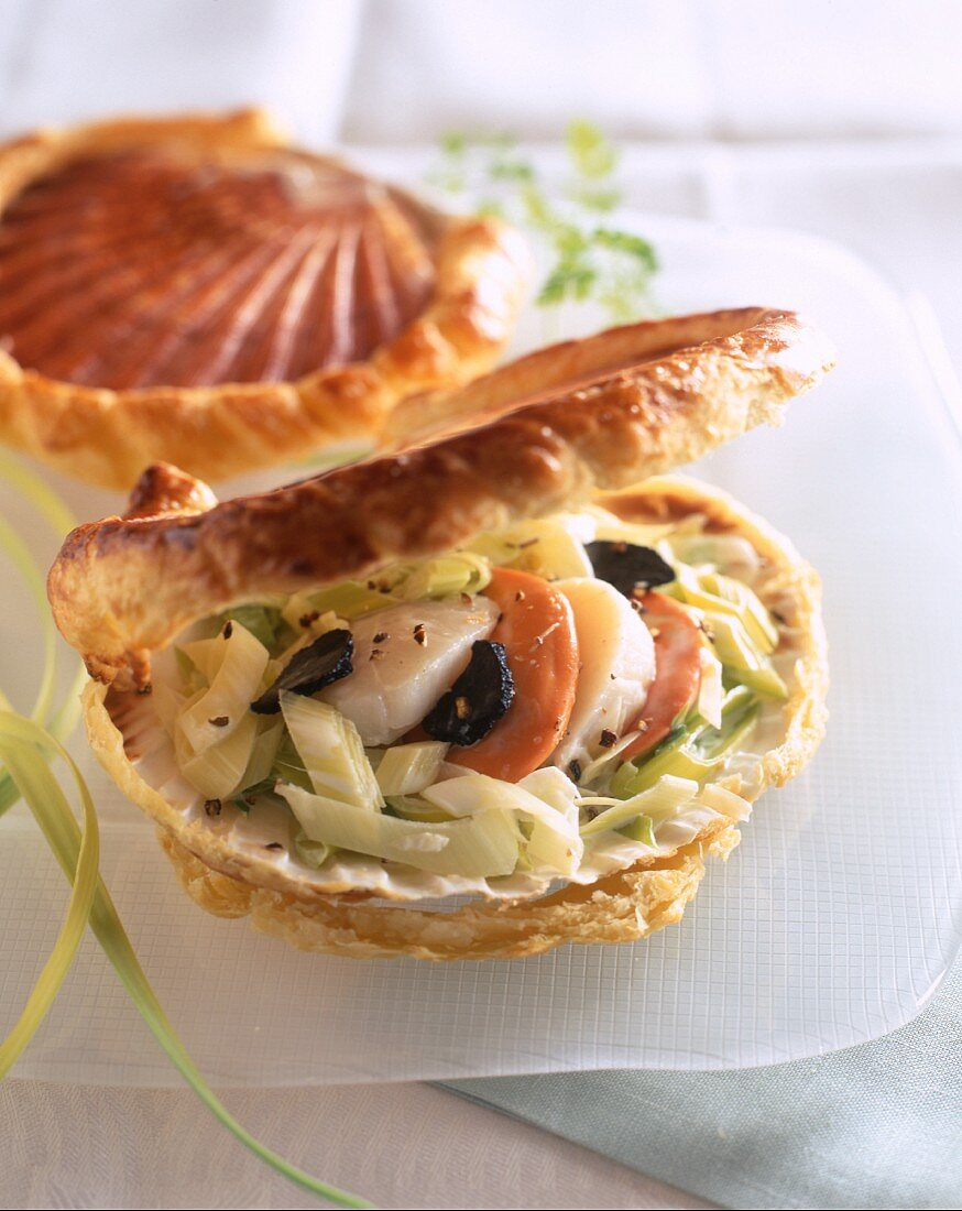 Saint Jacques in shell shaped puff pastry