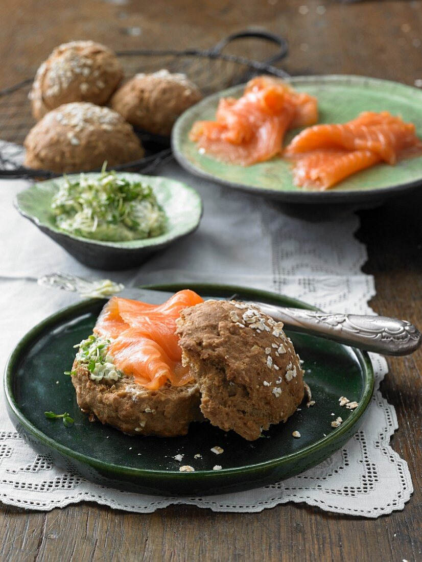 Soda bread rolls with smoked salmon and cress butter