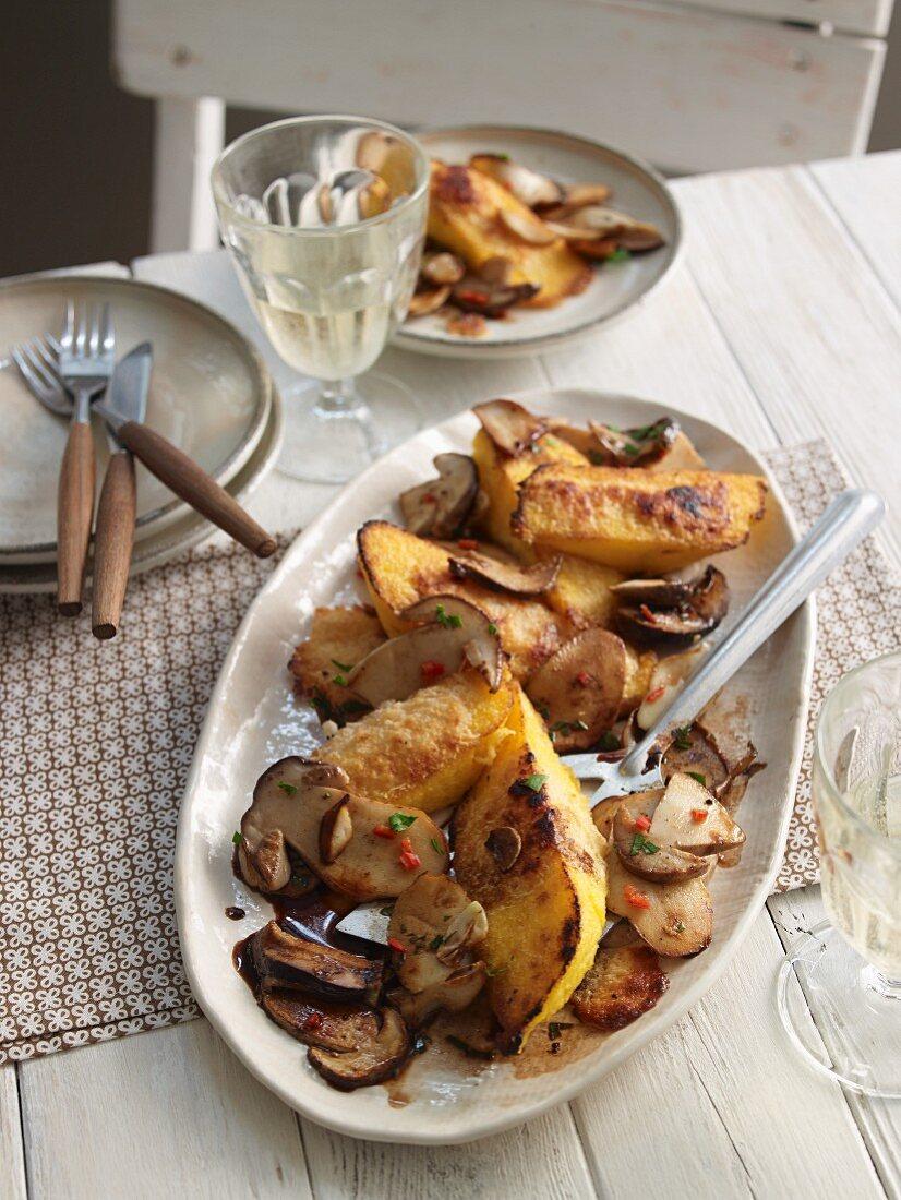 Polenta with porcini mushrooms